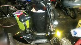 E-scooter electric