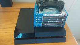 Playstation 4 + 6 Games