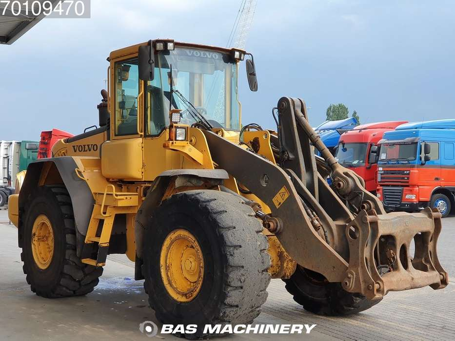 Volvo L120E From first owner - nice machine - 2003 - image 3
