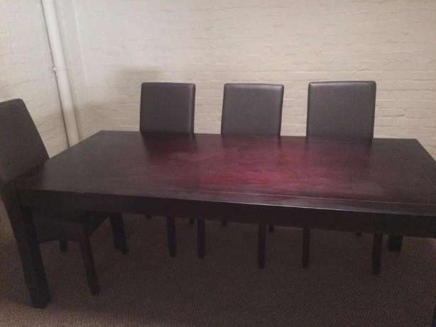 Dining Table Paarden Island - image 2