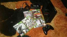 Xbox 360 With 5 game 500GB