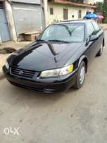 Toyota Camry Tiny Light 99 Model Lagos Clear Perfectly Condition Drive