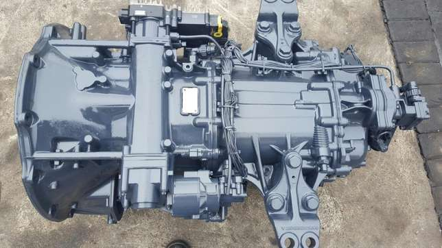 Mercedes actros mp3 G211-12 gearbox with ecm Africa - image 7