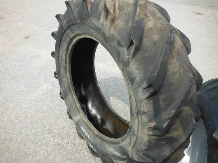 Dunlop 12.4r/11r24 Pneu