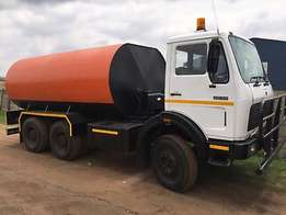 Water tank truck with BRAND NEW 18000 liter on Mercedes 26-35