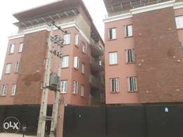 Executive newly build 2 an 3bedrom flat at sabo