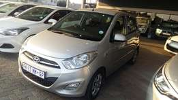 Hyundai i10 1.1 GLS Manual 2016. Immaculate!
