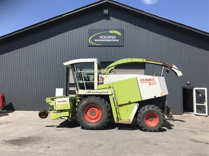 Claas Jaguar 840 4wd Med 3m. Pick Up - 1999