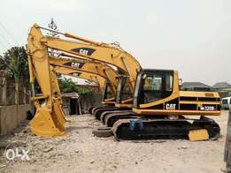 For lease is heavy equipment