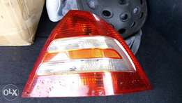Mercedes c class w203 taillight