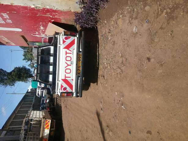 Toyota hilux pick for sale Eldoret South - image 7