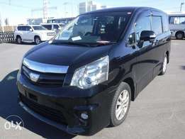 TOYOTA / NOAH CHASSIS # ZRR70-037 year 2010
