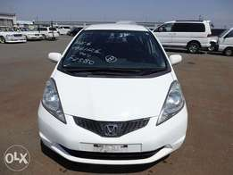 2010 year Honda fit!very clean unit!auction grade 4.0! New japn import