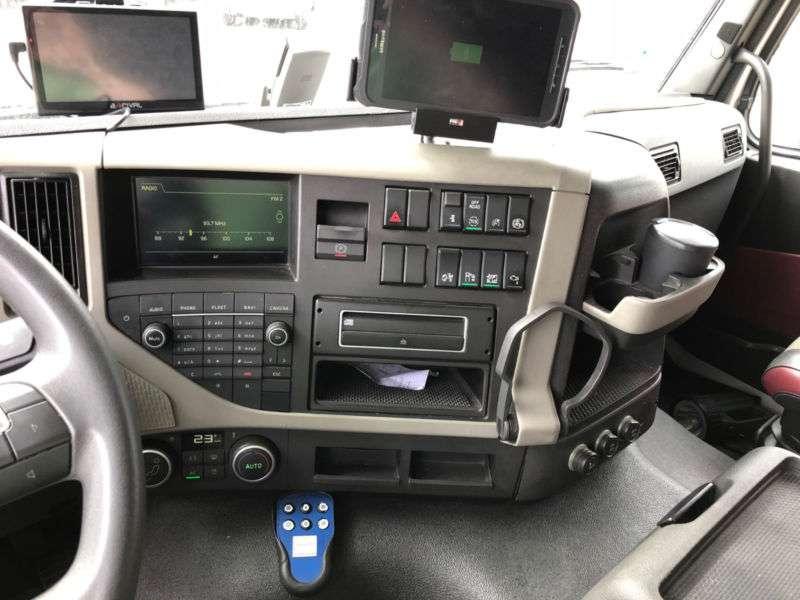 Volvo FM 410 Tankwagen ADR A3 Addi/Oben&Untenbefüllung - 2014 - image 5