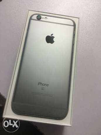 Slightly Used iPhone 6s 64GB at 45,000/= with Box & Accessories - Shop Nairobi CBD - image 4