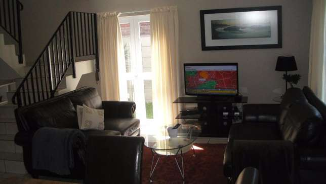 Three bedroom double garage townhouse to rent Sunvalley - image 5