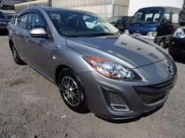 2010 Mazda Axela Sport fully loaded