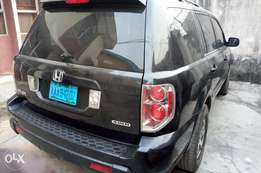 Clear Nigerian use Honda Pilot 2008
