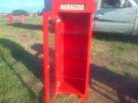 Red Telephone Booth display units Frankfort - image 8