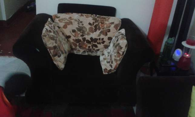 5 Seater brown sofa set Woodly - image 3
