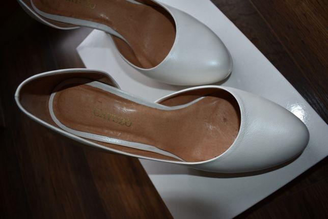 9ac852e0 Buty ślubne szpilki skóra GATUZO r.37 białe, ecru, kość słoniowa. NOWE