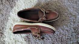 2 eye Boat Shoes Nubuck White Size 6