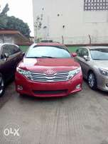 3weeks old Toyota Venza 2010 model