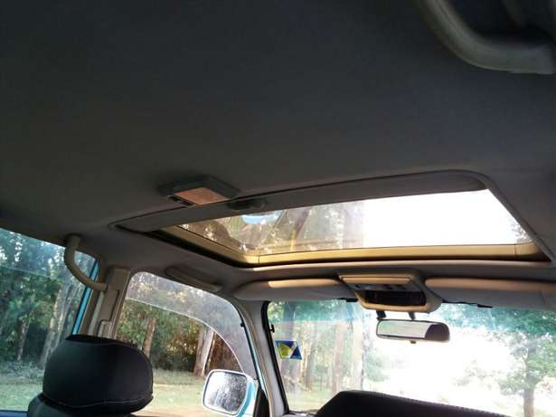 Off-road lover! Toyota Landcruiser Auto Petrol Extremely Clean Karen - image 4