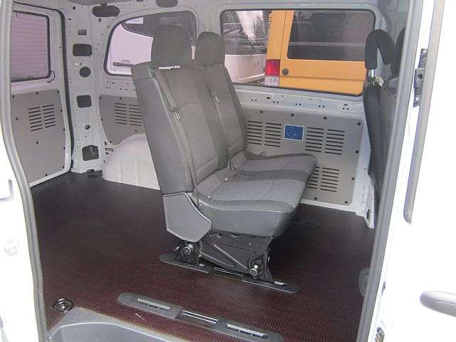 Mercedes-Benz Vito 113 Mixto 5 Sitze Klima Navi AHK LKW - 2013 - image 8