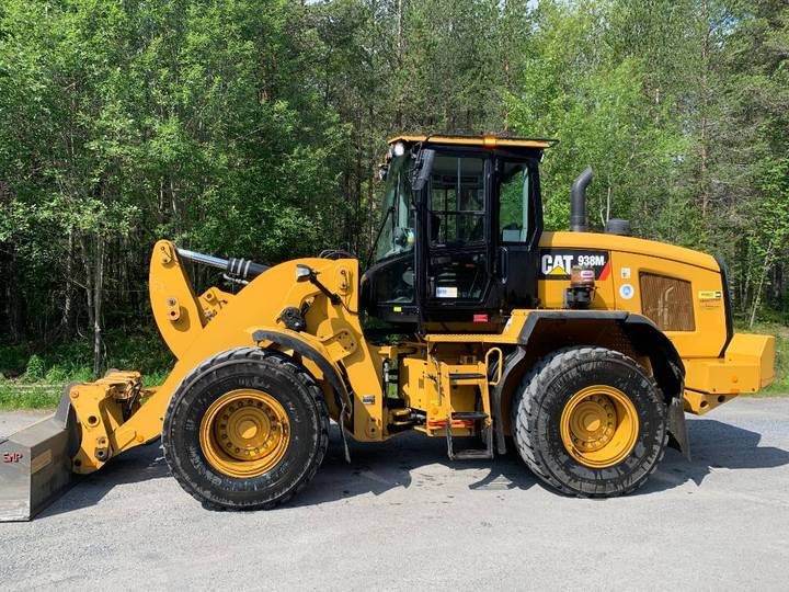 Caterpillar Cat 938m -15 All Utr 4938t 1095.000+m - 2015