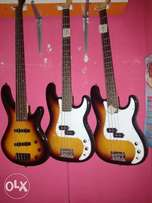 5 and 4strings bass guitar