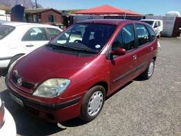 Renault scenic 1.6i 2002 on special sale R32000