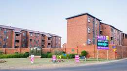 Absolute Stunning 2bed with a Balcony