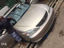Gold Toyota Camry 2.4