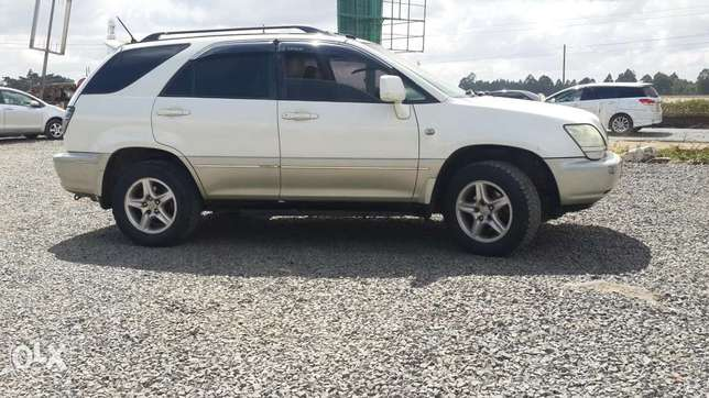 Toyota Harrier In perfect condition Lavington - image 2