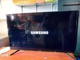 42 inches flat screen led Samsung TV