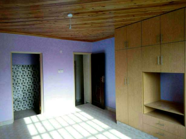 Very spacious four bedrooms for rent Ongata Rongai - image 5