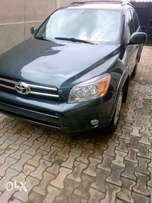 Very clean,sound,super sharp first body Tokunbo TOYOTA RAV4 07model.
