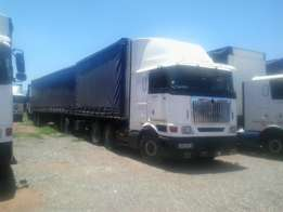 International Horse and Side Tipper Trailer For Sale