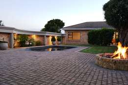 Magnificent 7 bedroom Gonubie home for sale