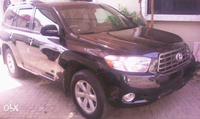 super clean tokunbo toyota highlander 2008 model for 5.2m Lekki - image 5