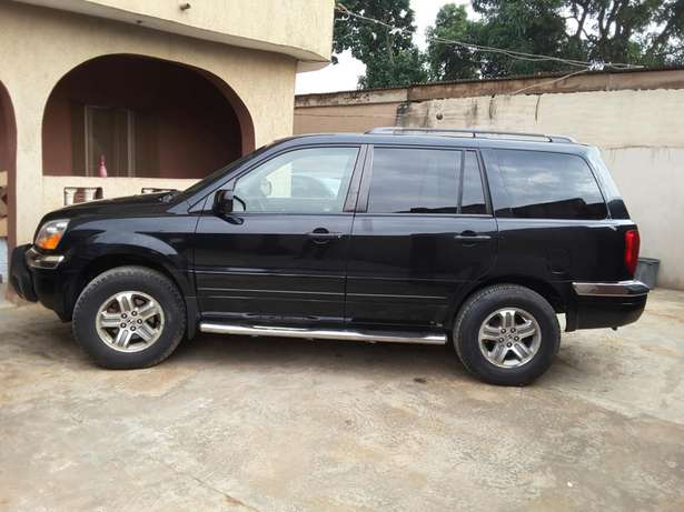 Super Clean 2005 Honda Pilot. Tokunbo. Accident free. Lagos Cleared Oshodi/Isolo - image 3