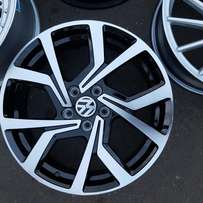 "17"" Vw Clubsport Replica Mags"