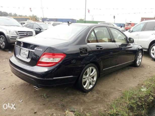 Foreign used 2008 Mercedes-Benz C300. Direct tokunbo Lagos Mainland - image 7