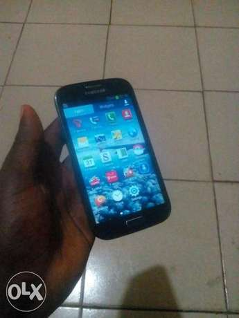 A month old SAMSUNG GALAXY Grand with 4G LTE network Benin City - image 1