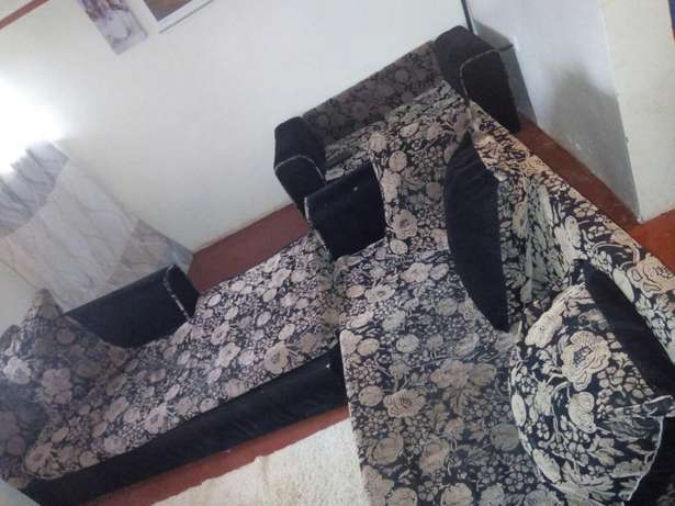 Clean, comfortable, spacious seat for sale seeking to upgrade! Kiambu Town - image 4