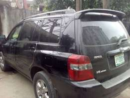 Toyota Highlander Limited Edition for sale three roll seat
