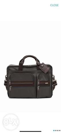 tumi lap top big size bag
