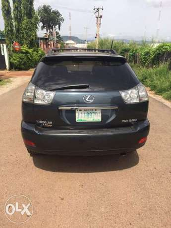 A very sharp and clean Nigerian use Lexus RX330 Gwarinpa - image 3
