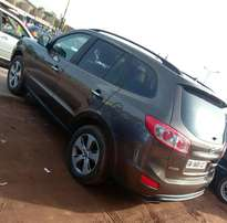 Hyundai Santafe 2012 model for give away price.